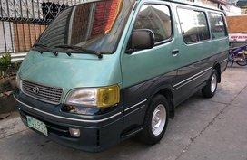 Toyota Hiace Commuter 1998