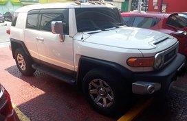 Selling White Toyota Fj Cruiser 2015 in Quezon City