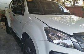 Selling White Isuzu D-Max 2016 in Quezon City