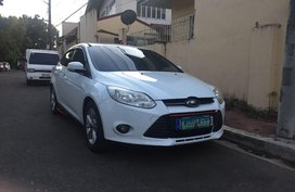 White Ford Focus 2013 for sale in Marikina