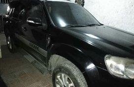 Selling Ford Escape 2011 in Dasmarinas
