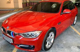 Selling Red Bmw 320D 2014 in Makati