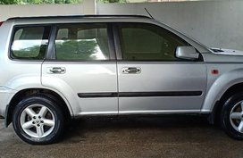 Selling Grey Nissan X-Trail 2003 in Manila