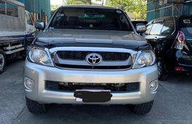 Sell Silver 2011 Toyota Hilux in Baliuag