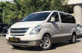 2012 Hyundai Starex HVX Diesel AT (2 SUN ROOF)