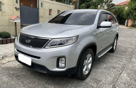Silver Kia Sorento 2014 for sale in Quezon City