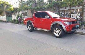 Selling Mitsubishi Strada 2010 in Manila