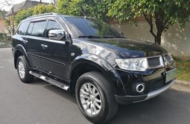 Black Mitsubishi Montero 2012 for sale in Quezon City