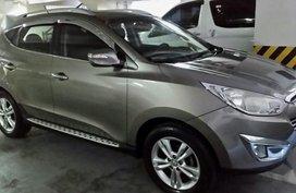 Golden Hyundai Tucson 2016 for sale in Robinsons Magnolia