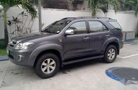 Grey Toyota Fortuner 2006 for sale in Automatic