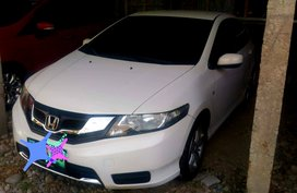 Honda City 2013 Sedan at 100000 km for sale