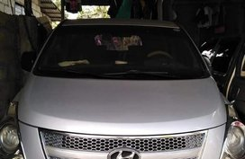 Selling Hyundai Grand Starex 2009 in Batangas