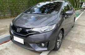 Selling Grey Honda Jazz 2016 in Estancia