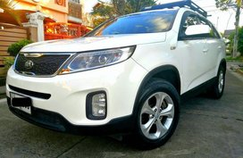 Sell White 2015 Kia Sorento in Manila