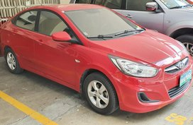 Red Hyundai Accent 2012 in Bulacan