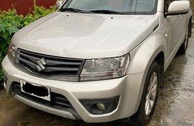 Sell Silver 2014 Suzuki Grand Vitara in Manila