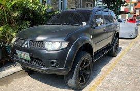 Black Mitsubishi Montero 2011 for sale in Automatic