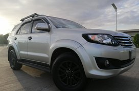 Toyota Fortuner 2012 Gas AT