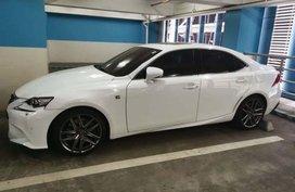 Selling Lexus Is 350 2014 in Manila