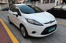 Selling Ford Fiesta 2013 in Manila