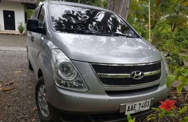 Sell Silver 2014 Hyundai Starex in Cebu City