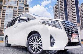 White Toyota Alphard 2017 for sale in San Francisco