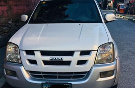 Silver Isuzu Alterra 2005 for sale in Automatic
