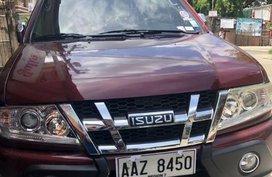 Red Isuzu Crosswind 2014 for sale in Talisay