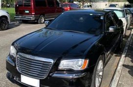 Selling Chrysler 300c 2013 in Manila