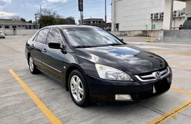 Selling Black Honda Accord 2007 in Manila