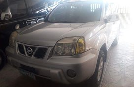 Silver Nissan X-Trail 2005 for sale in Automatic