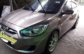 Silver Hyundai Accent 2015 for sale in Manual