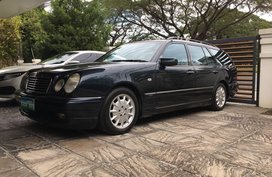 Black Mercedes-Benz E-Class 1999 for sale in Automatic