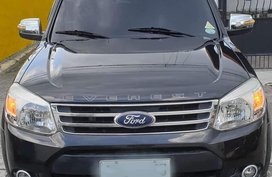 Black Ford Everest 2014 for sale in Bacoor