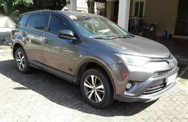 Sell Grey 2017 Toyota Rav4 in Muntinlupa
