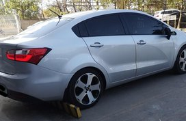 Sell Purple 2013 Kia Rio in Cebu City