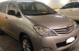 Silver Toyota Innova 2012 for sale in Manual