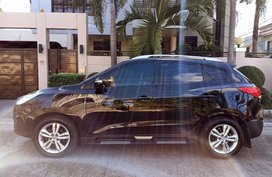 Black Hyundai Tucson 2010 for sale in Automatic