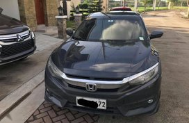 Sell Grey 2017 Honda Civic in Manila