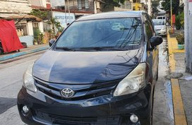 Black Toyota Avanza 2013 for sale in Manila