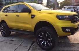 Yellow Ford Everest 2016 for sale in Automatic