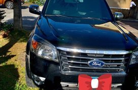 Sell Black 2010 Ford Everest in Lipa