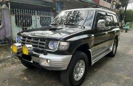 Selling Black Mitsubishi Pajero 2004 in Quezon City