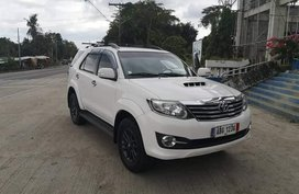 White Toyota Fortuner 2015 for sale in Manual