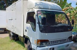 White Isuzu Elf 2011 for sale in Iba