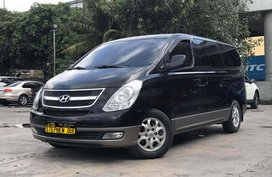 2013 Hyundai Starex A/T VGT Gold TOP OF THE LINE!
