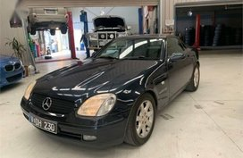 Black Mercedes-Benz 230 1998 for sale in Manual
