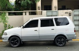 Sell 2003 Toyota Revo in Mandaluyong