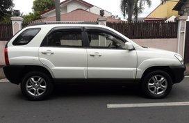 White Kia Sportage 2008 for sale in Marikina