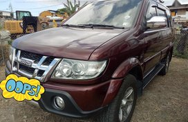 Selling Purple Isuzu Sportivo 2013 in Manila